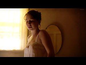 Nackt Leonine Smith  KW 33,